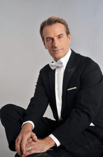 Robert Reimer Dirigent copyright Toni Bofil